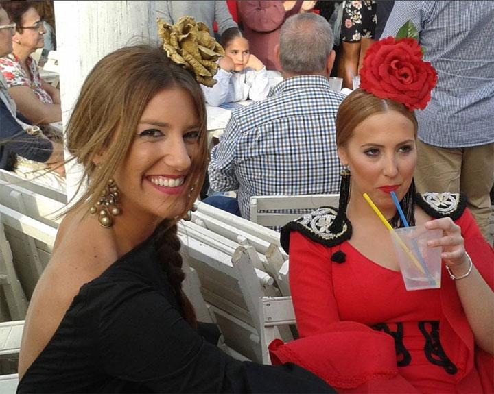 Dames in flamencojurken in Barbate