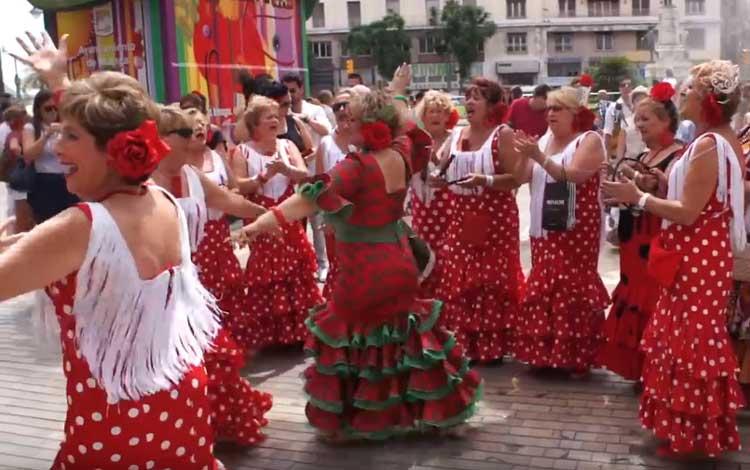 Fleamenco dansen op straat in Malaga