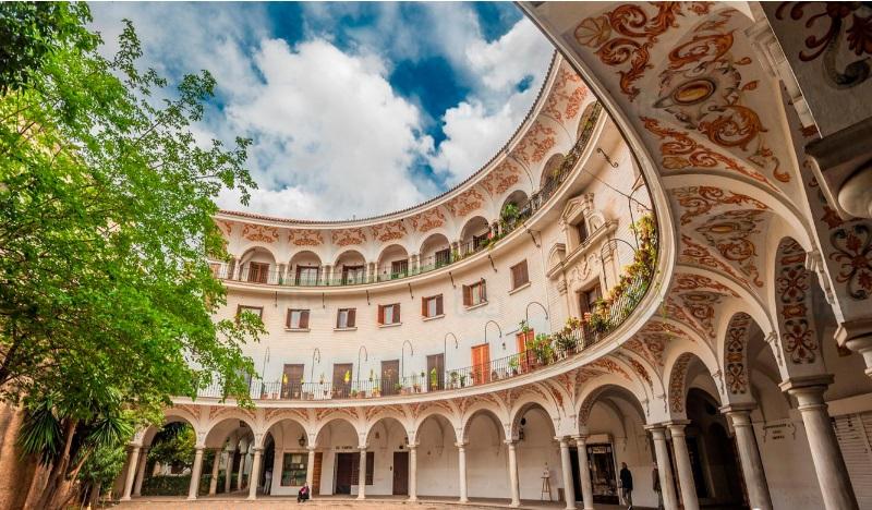 Cabildo Instagrammable spots Sevilla